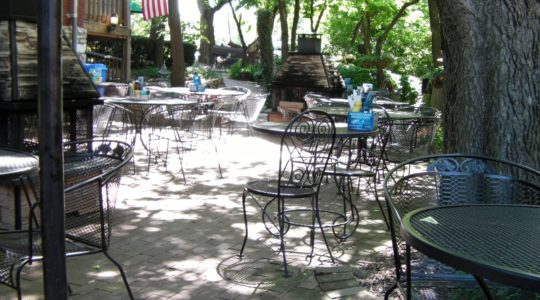 Pet Friendly Dining on Main Street - St. Charles, MO