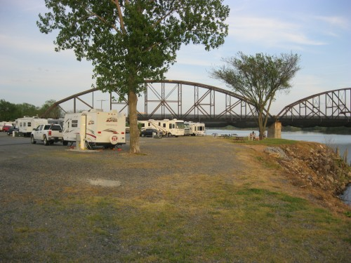 Downtown Riverside RV Park in North Little Rock