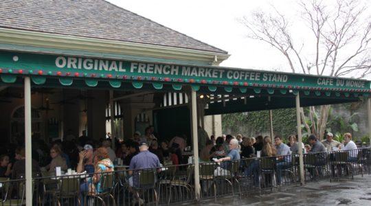 Cafe du Monde - New Orleans, LA