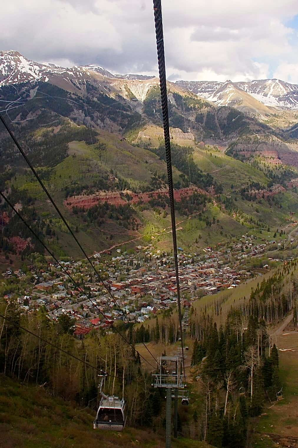 Telluride, CO -  2015 Top 8 Best City for Pet Travelers from GoPetFriendly.com