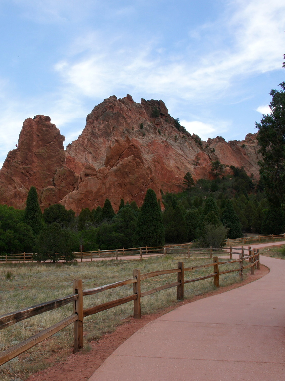 Colorado Springs, CO - 2015 Top 8 Best City for Pet Travelers from GoPetFriendly.com