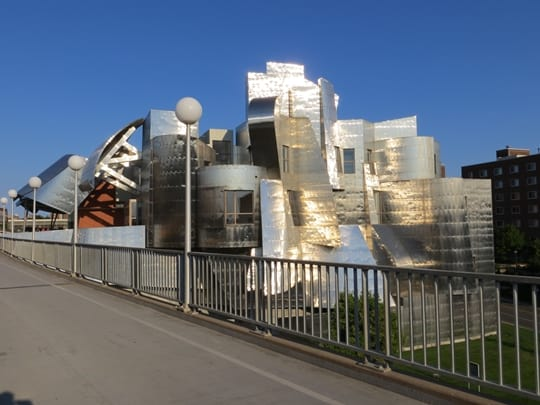 The Weisman Art Museum by architect Frank Gehry - Minneapolis, MN