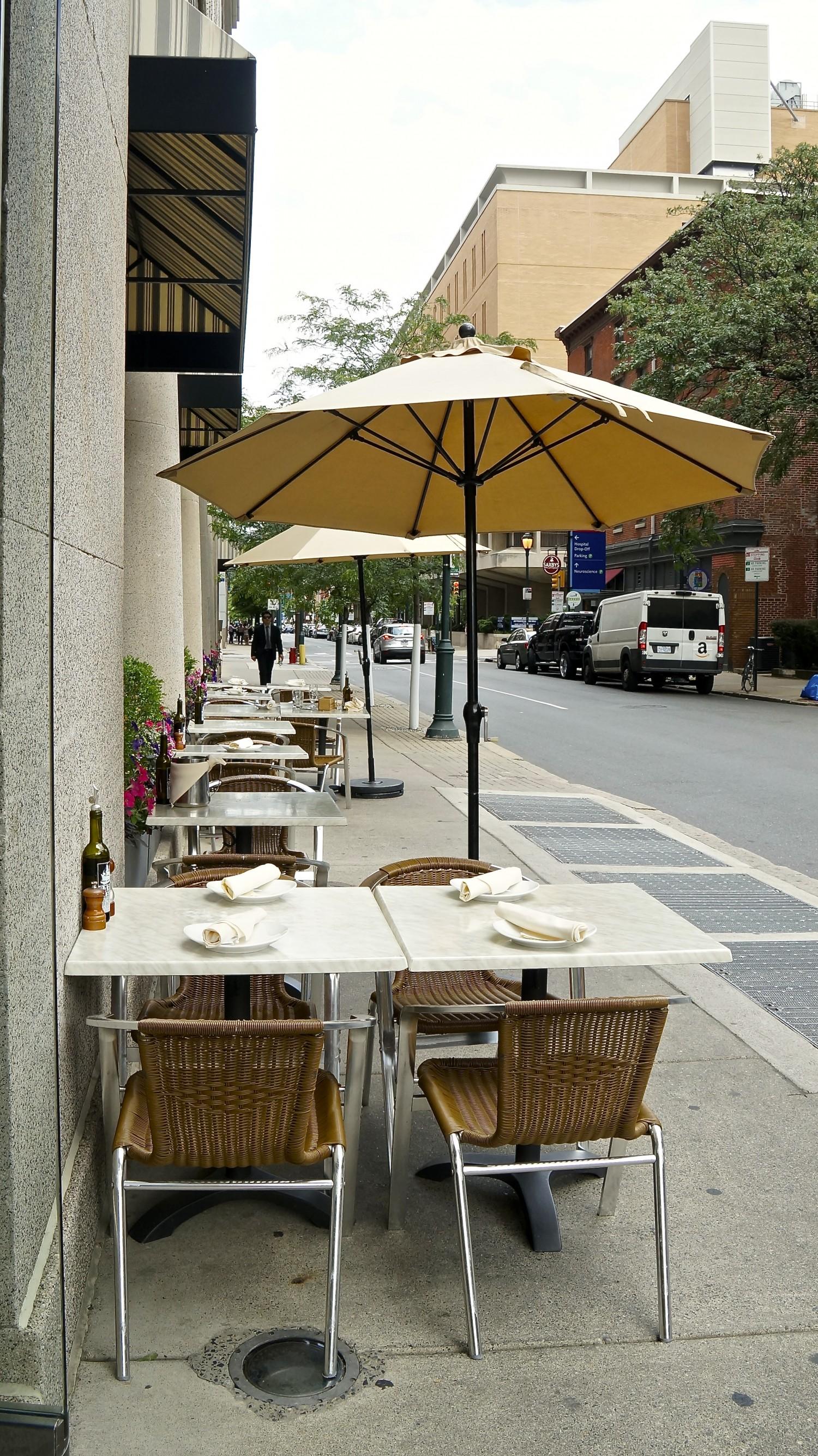 Outdoor Seating Restaurant - Philadelphia, PA