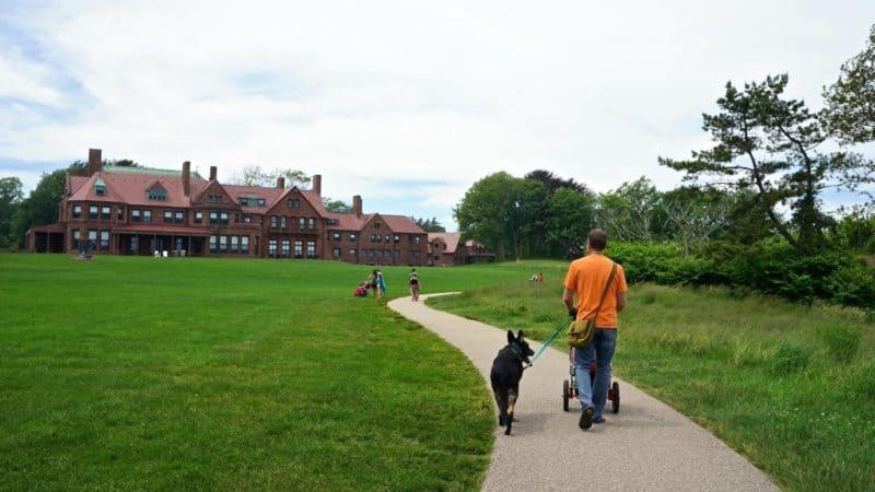 Rhode Island's Top Pet Friendly Attraction: Newport Cliff Walk | GoPetFriendly.com