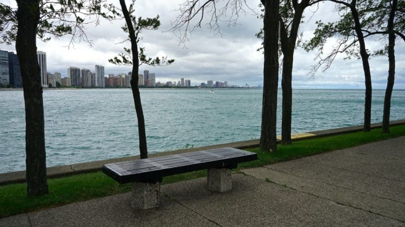 Illinois' Top Pet Friendly Attraction: Chicago Lakefront Trail and Navy Pier | GoPetFriendly.com