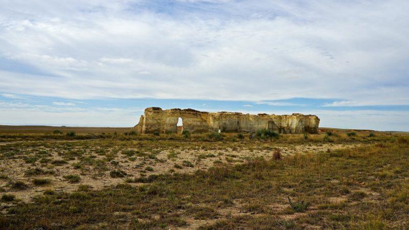 Kansas' Top Pet Friendly Attraction: Monument Rocks