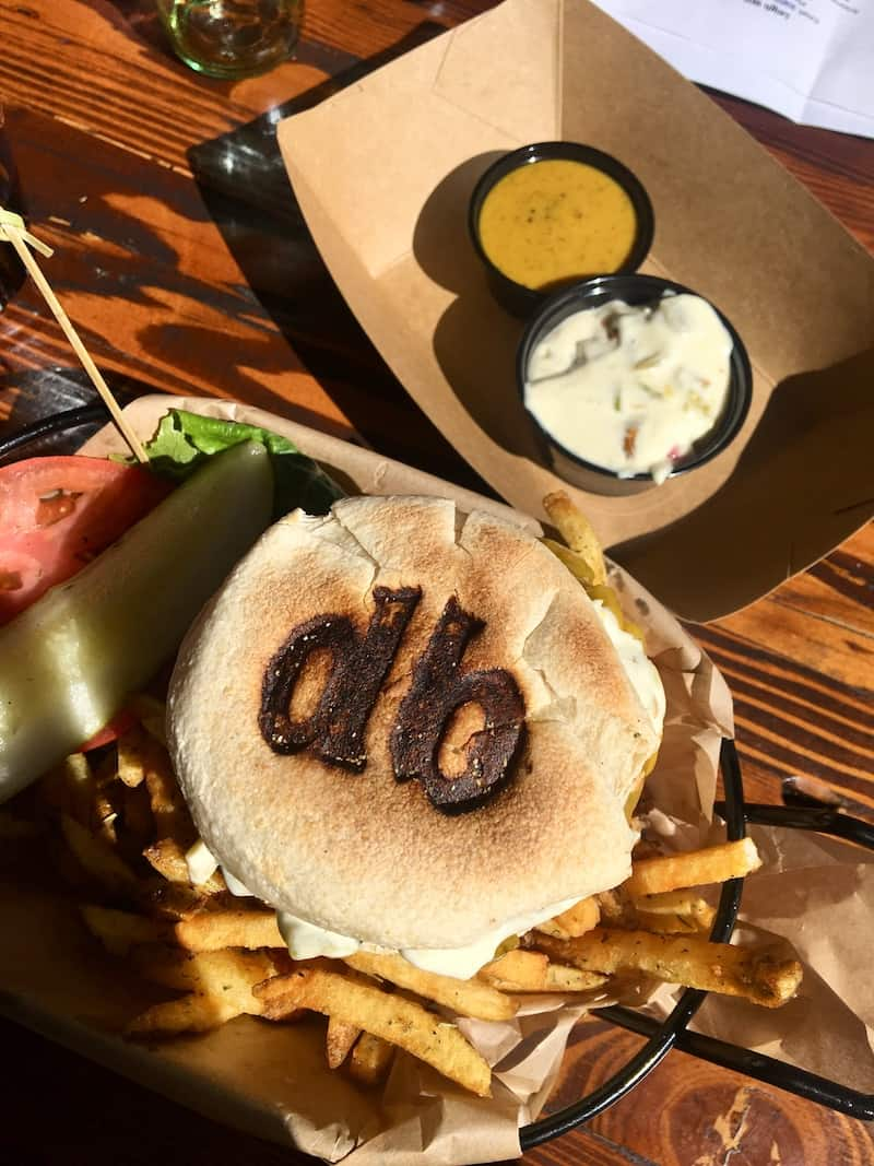 dog friendly burger joint in Flagstaff Arizona