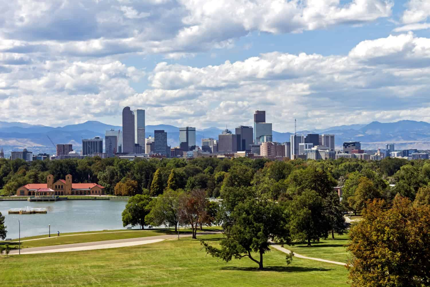 Denver, Colorado skyline a beautiful park on a lovely autumn day