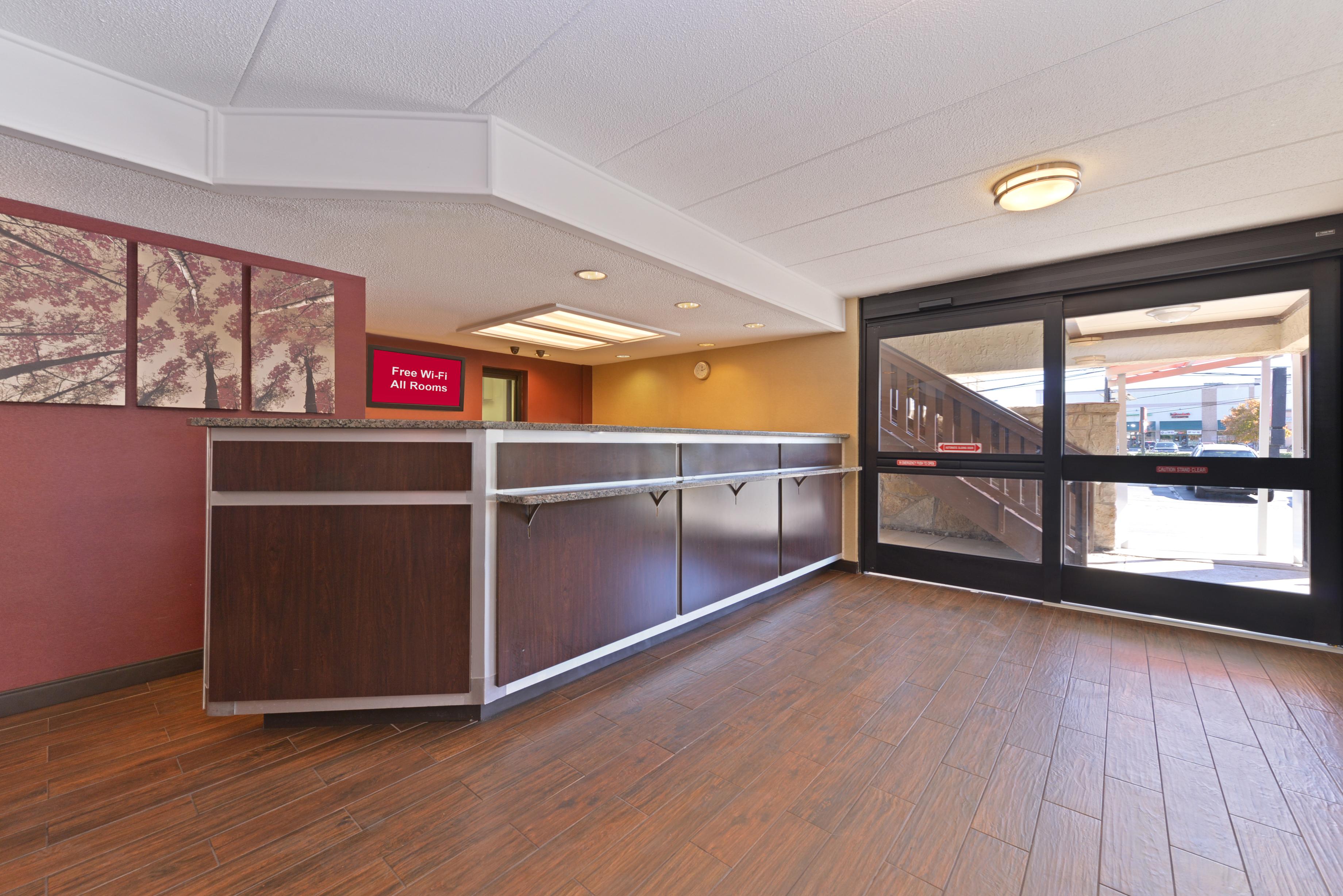 150-lobby.jpg