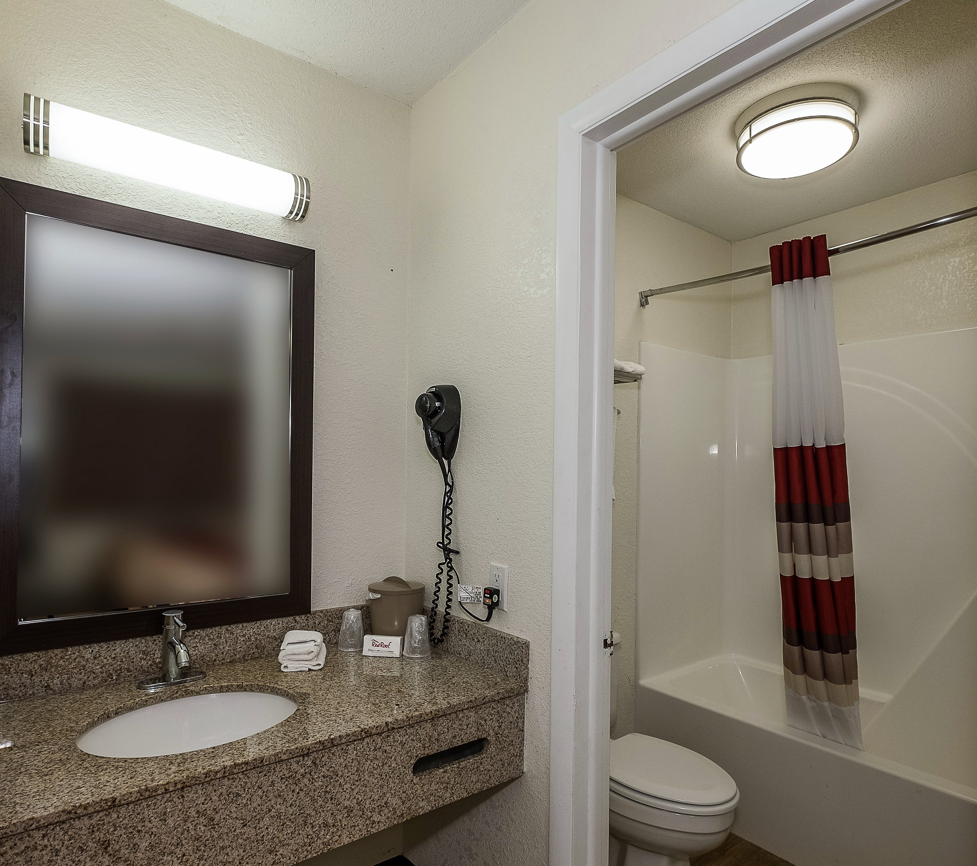 413-vanity-bath.jpg