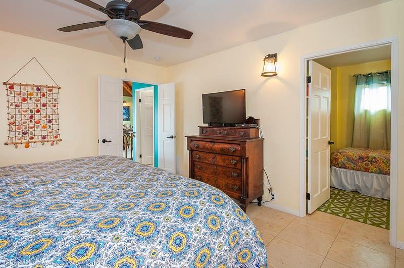 Beckys-Beach-House-217310.jpg