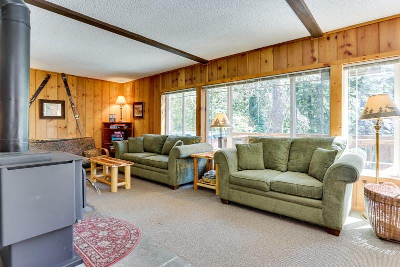Mt-Hood-Chalet-Vacation-Rental-179009.jpg