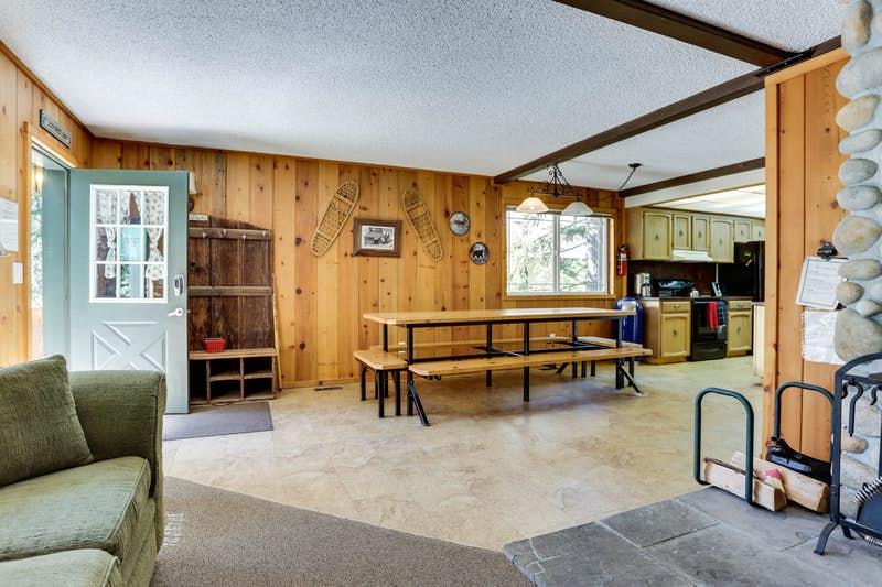 Mt-Hood-Chalet-Vacation-Rental-179011.jpg