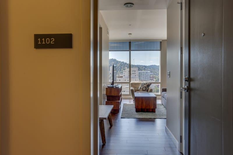 Park-Avenue-West-1102-Ninth-Avenue-Abode-311012.jpg