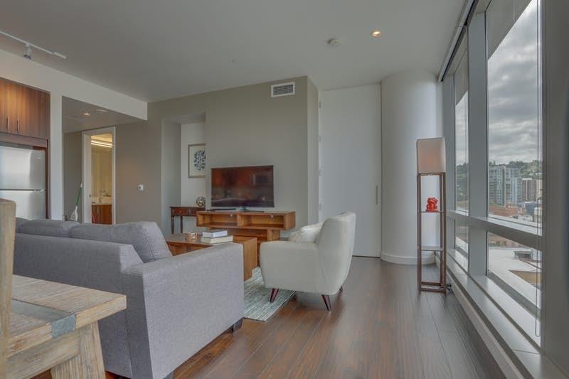 Park-Avenue-West-1102-Ninth-Avenue-Abode-336643.jpg