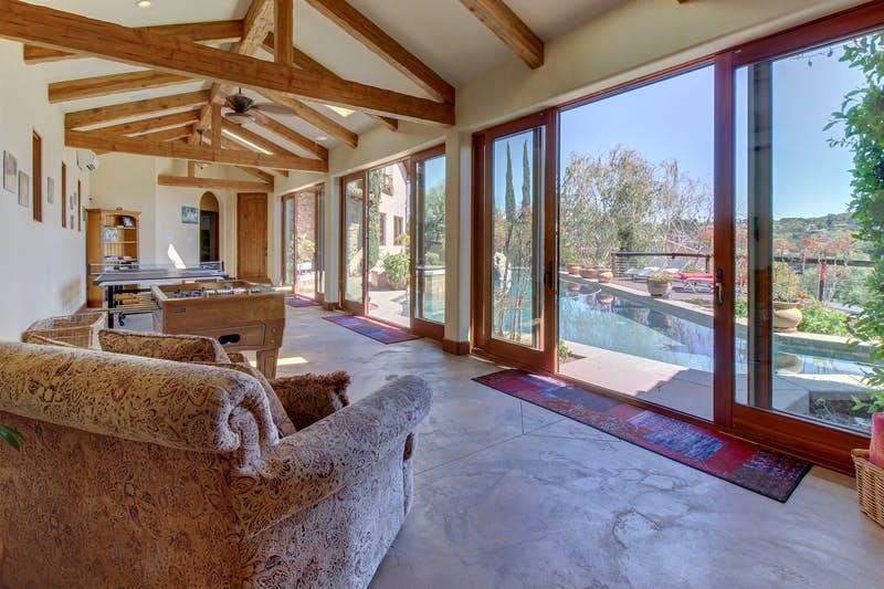 Rancho-Santa-Fe-Lakeview-Villa-491663.jpg