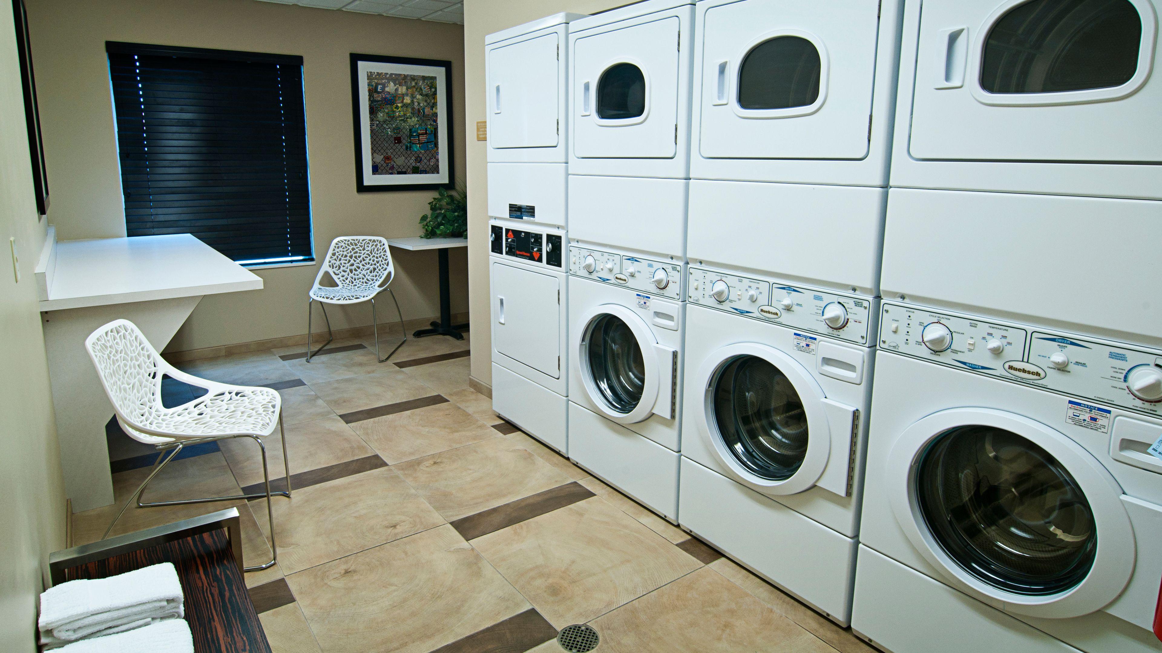 candlewood-suites-sioux-falls-3378733998-original.jpg