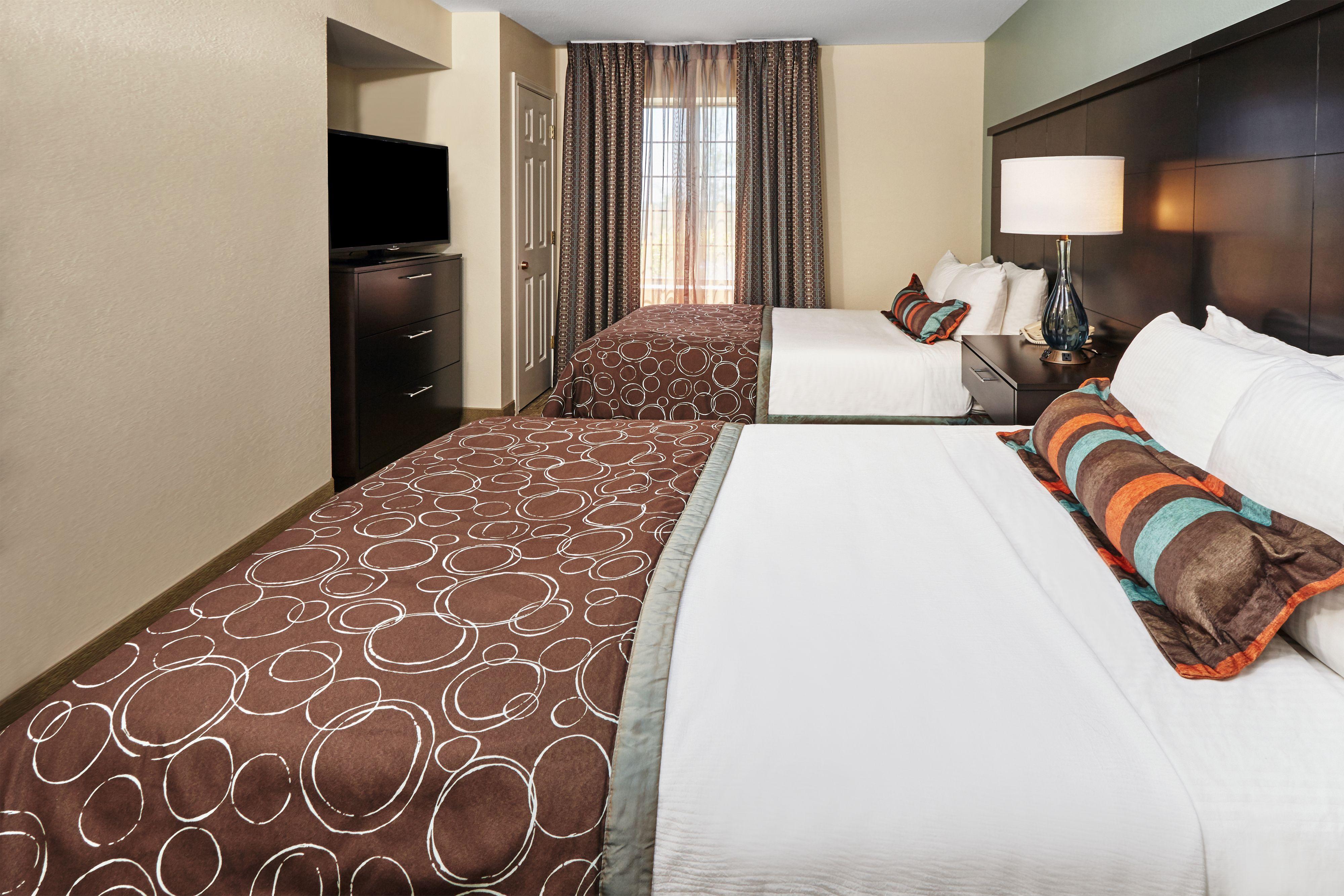 staybridge-suites-lincolnshire-4323935827-original.jpg