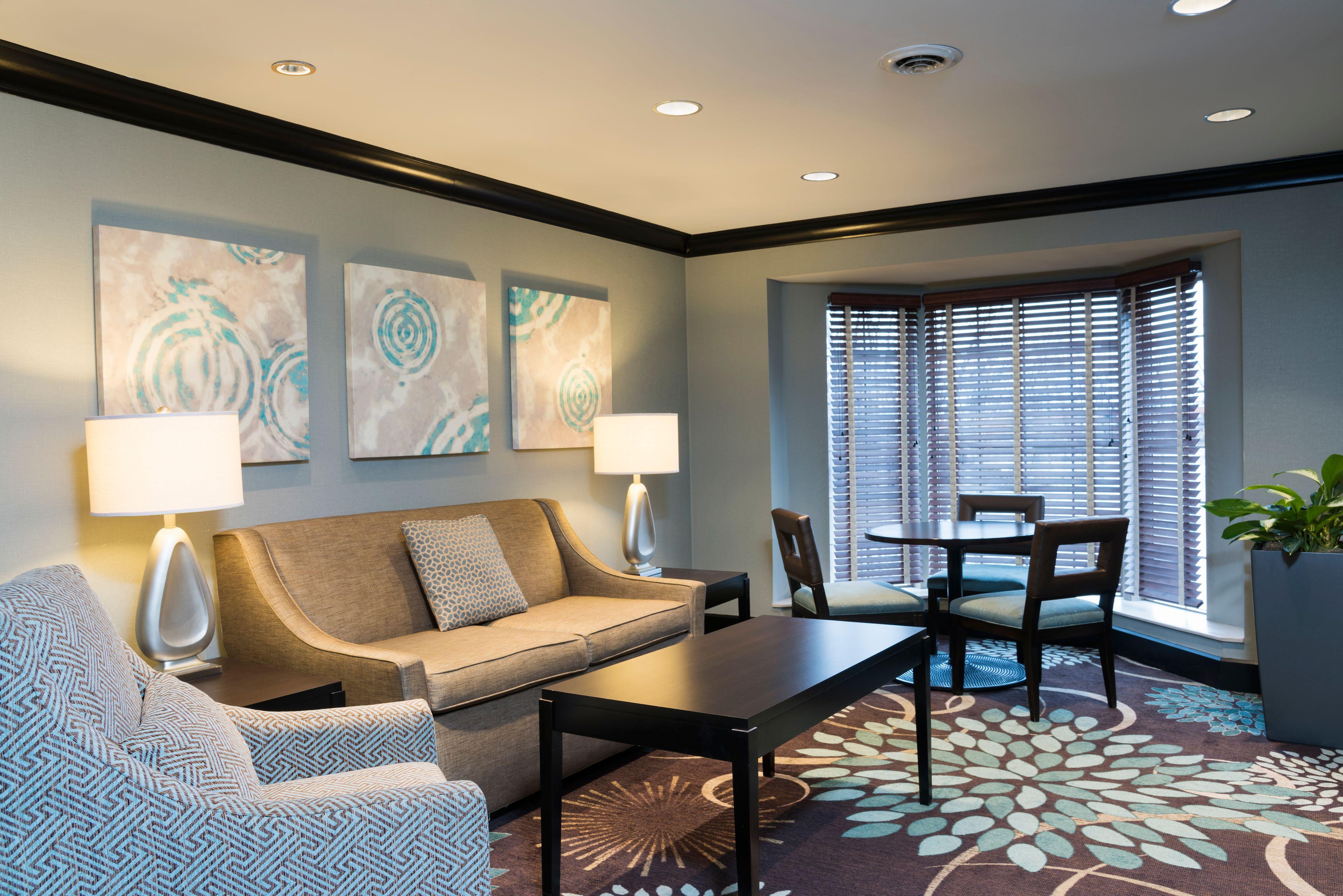staybridge-suites-oakbrook-terrace-4960033074-original.jpg