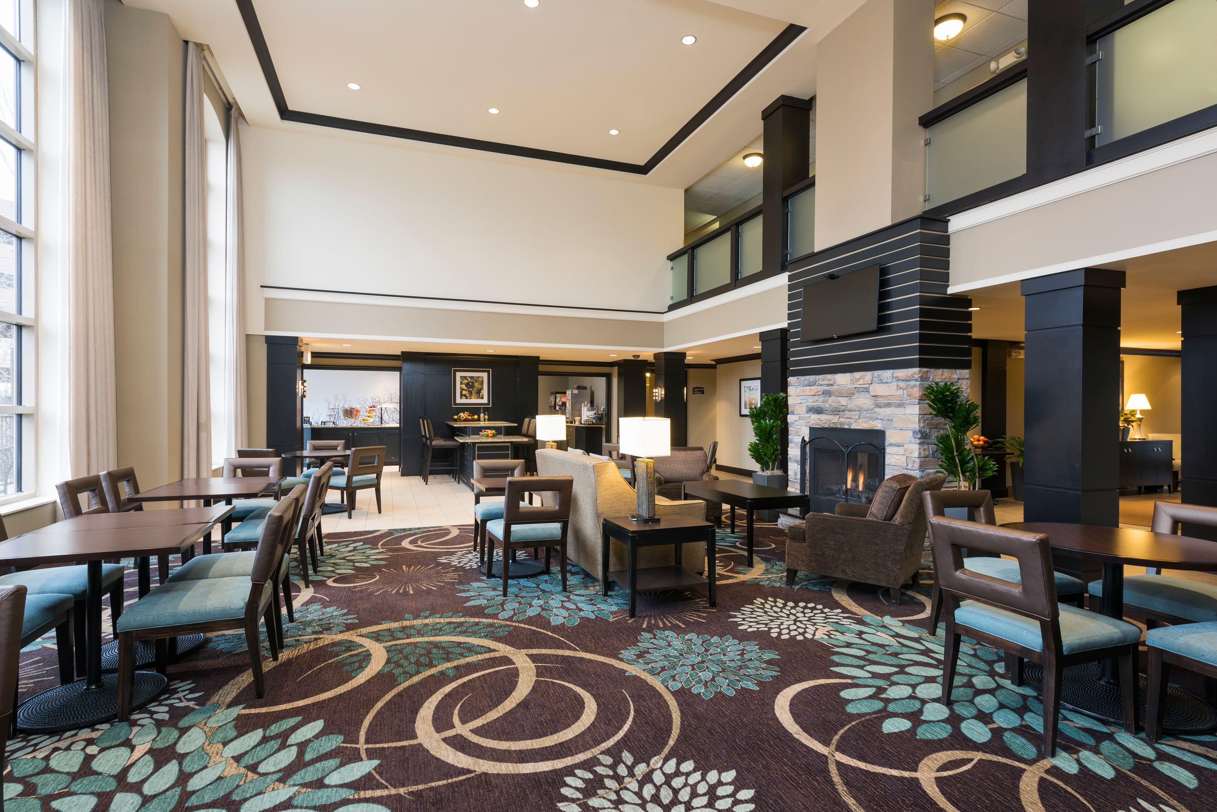 staybridge-suites-oakbrook-terrace-4960036905-original.jpg