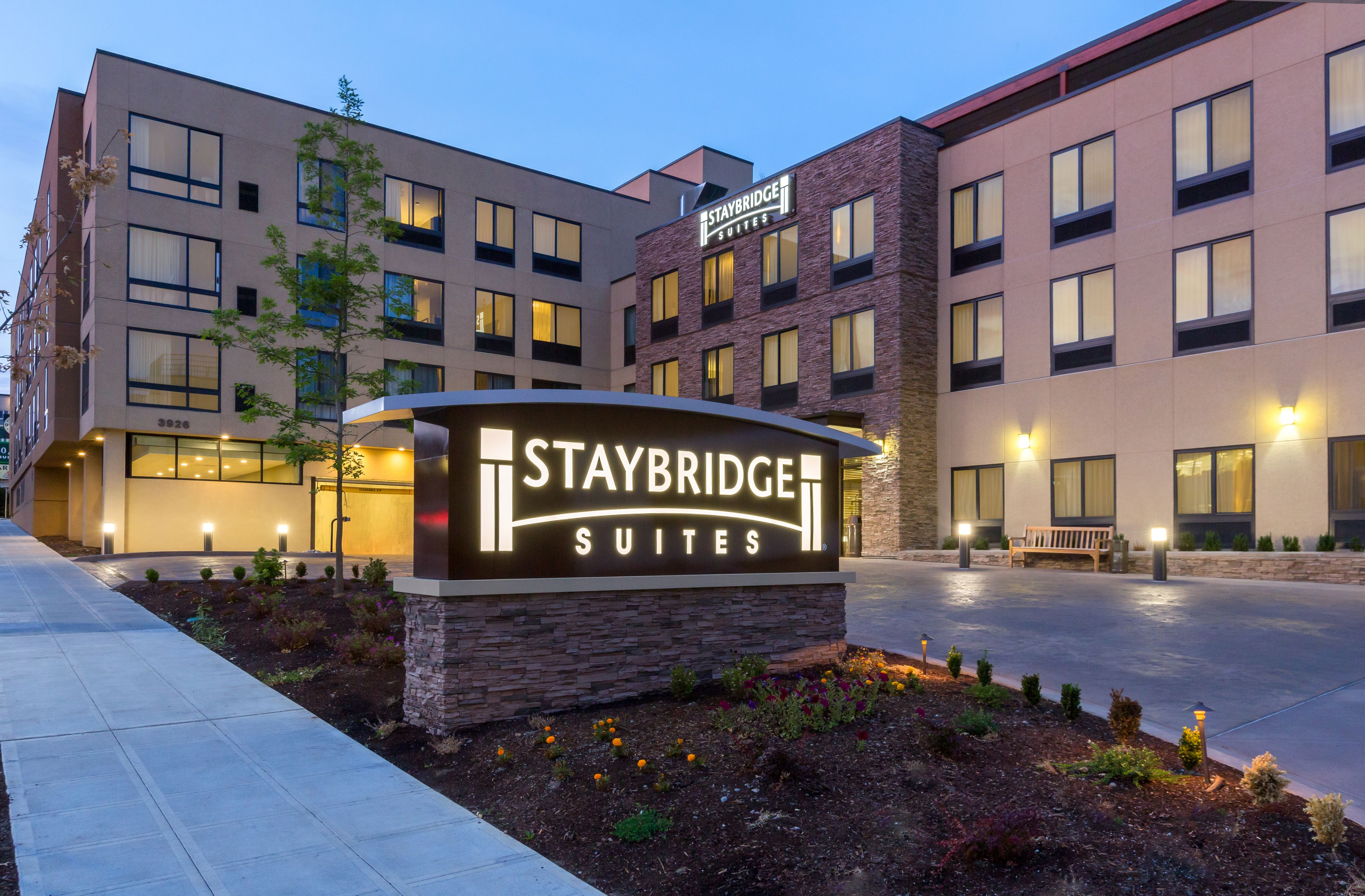 staybridge-suites-seattle-4079661105-original.jpg