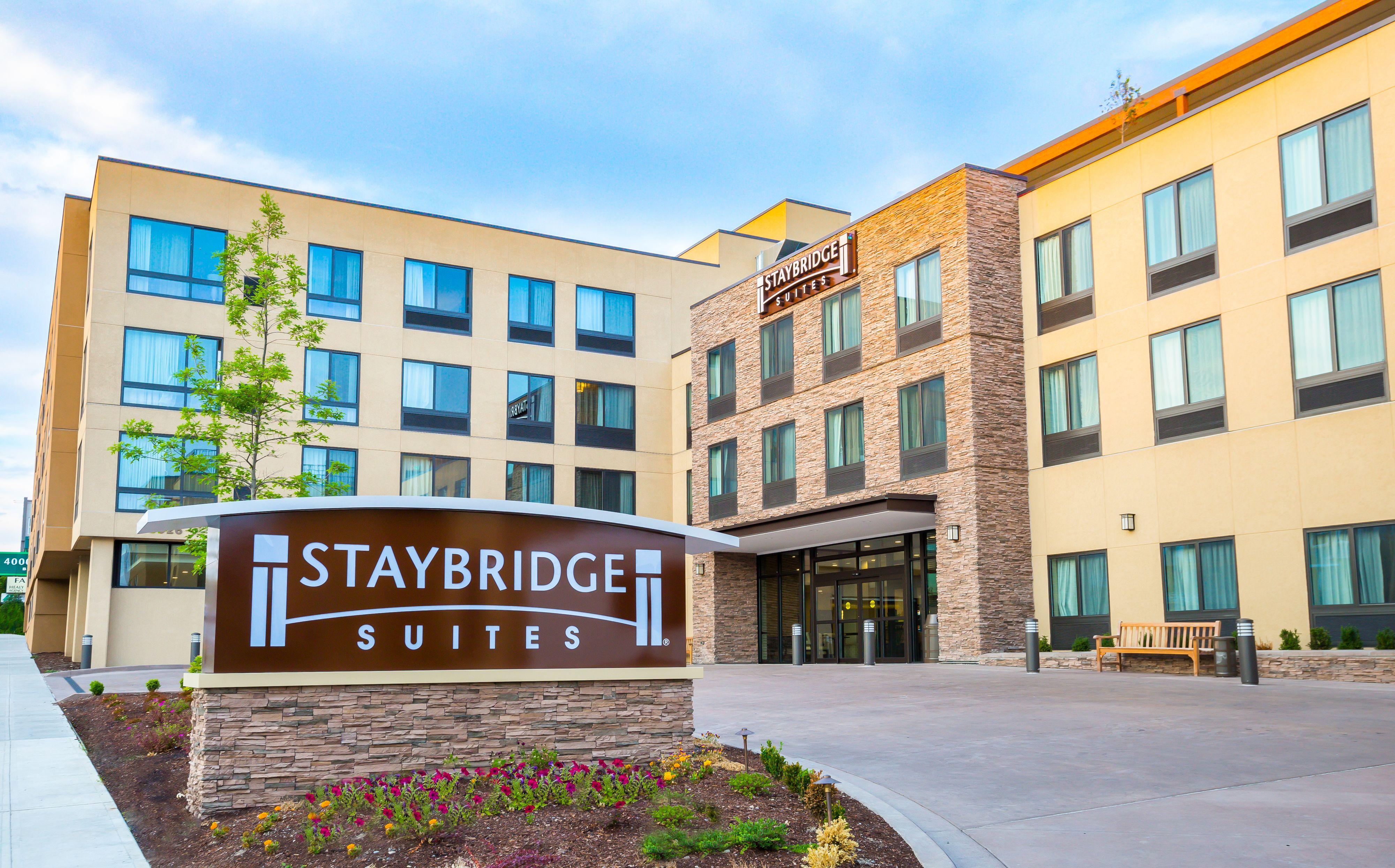 staybridge-suites-seattle-4079661155-original.jpg