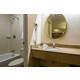 133-vanity-bath-04.jpg