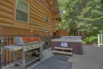 Big-Bear-Cabin-1008367.jpg
