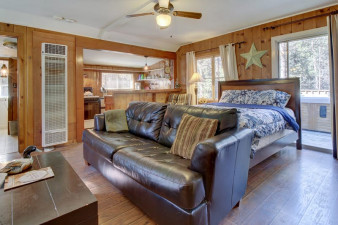 Creekside-Cabin-464546.jpg