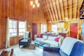 Donner-Lake-Dream-Cabin-806471.jpg