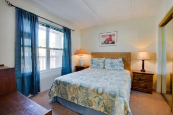 Surfside-I-Condominiums-203-222786.jpg