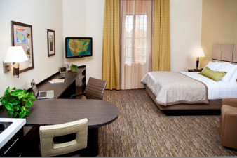 candlewood-suites-austin-5451220023-original.jpg