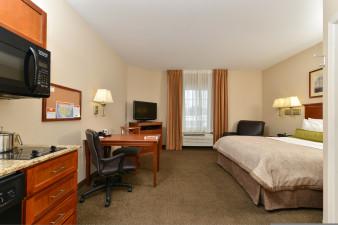 candlewood-suites-chambersburg-4040660483-original.jpg