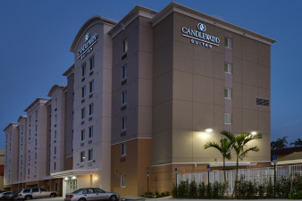 candlewood-suites-miami-5499060203-original.jpg