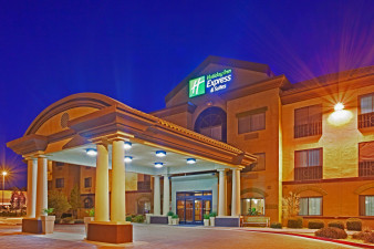 holiday-inn-express-and-suites-barstow-2532273209-original.jpg