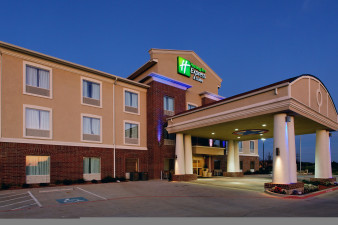 holiday-inn-express-and-suites-cleburne-2532969029-original.jpg