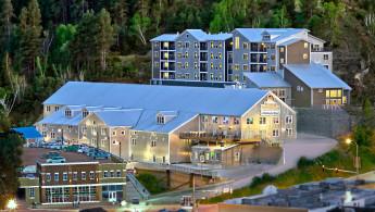 holiday-inn-resort-deadwood-4635316139-original.jpg