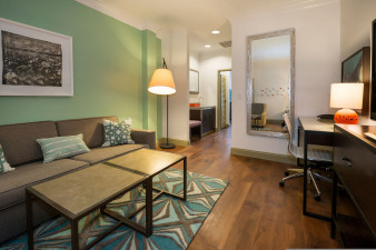 hotel-indigo-savannah-4100574119-original.jpg